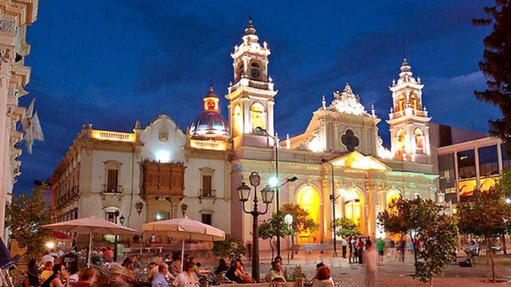 Northern Argentina Tour- Exploring the city on a Salta Tour