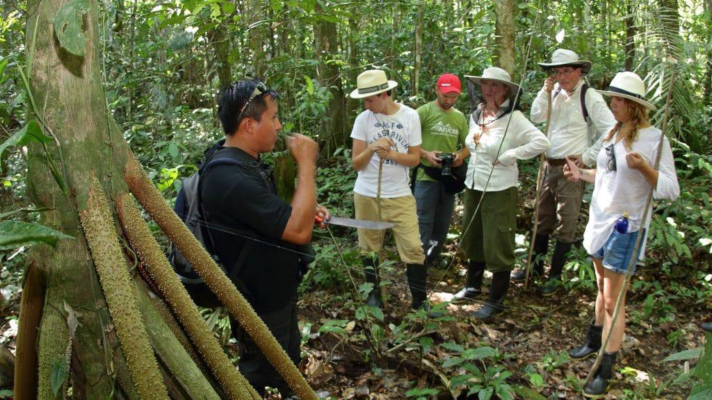 local tour guide in anaconda lodge
