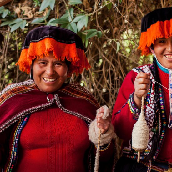 Community-Tourism-Peru-sacred-valley-Travel-tour-operator-PIE-EXPERIENCES