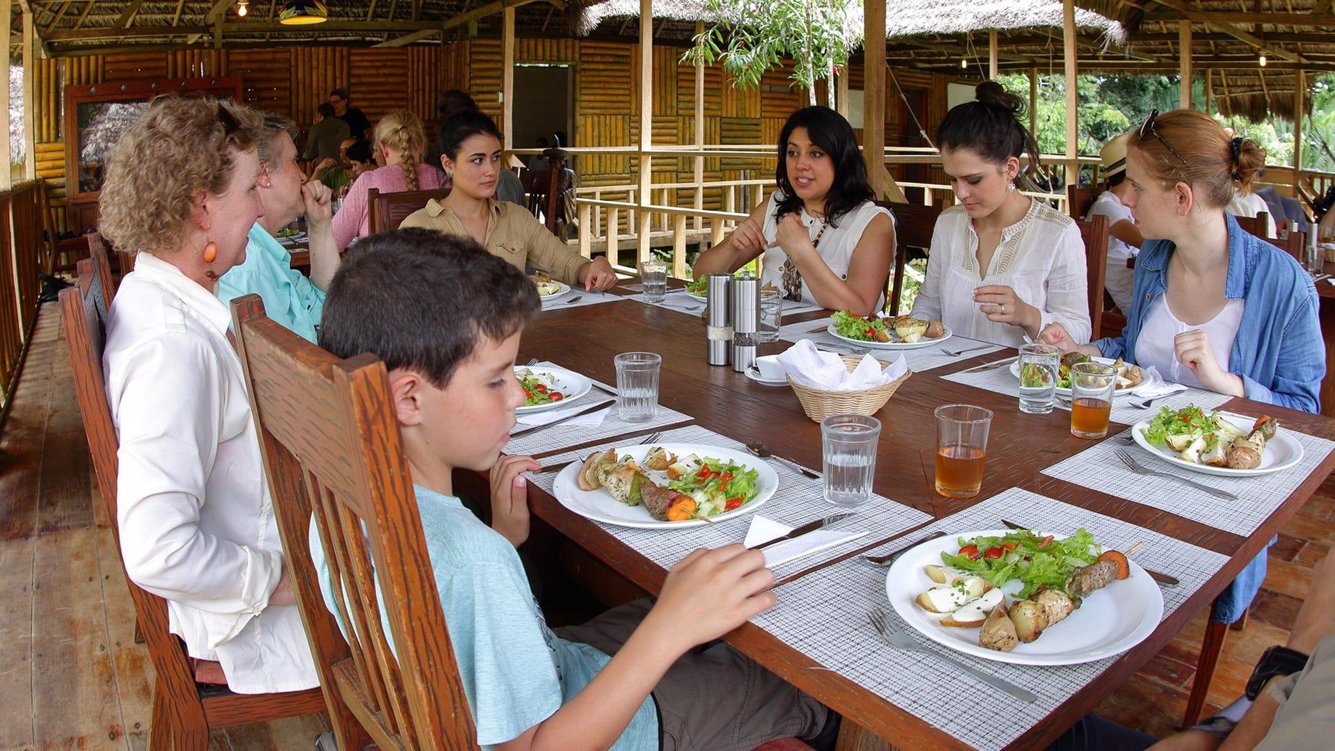 meals a anakonda lodge