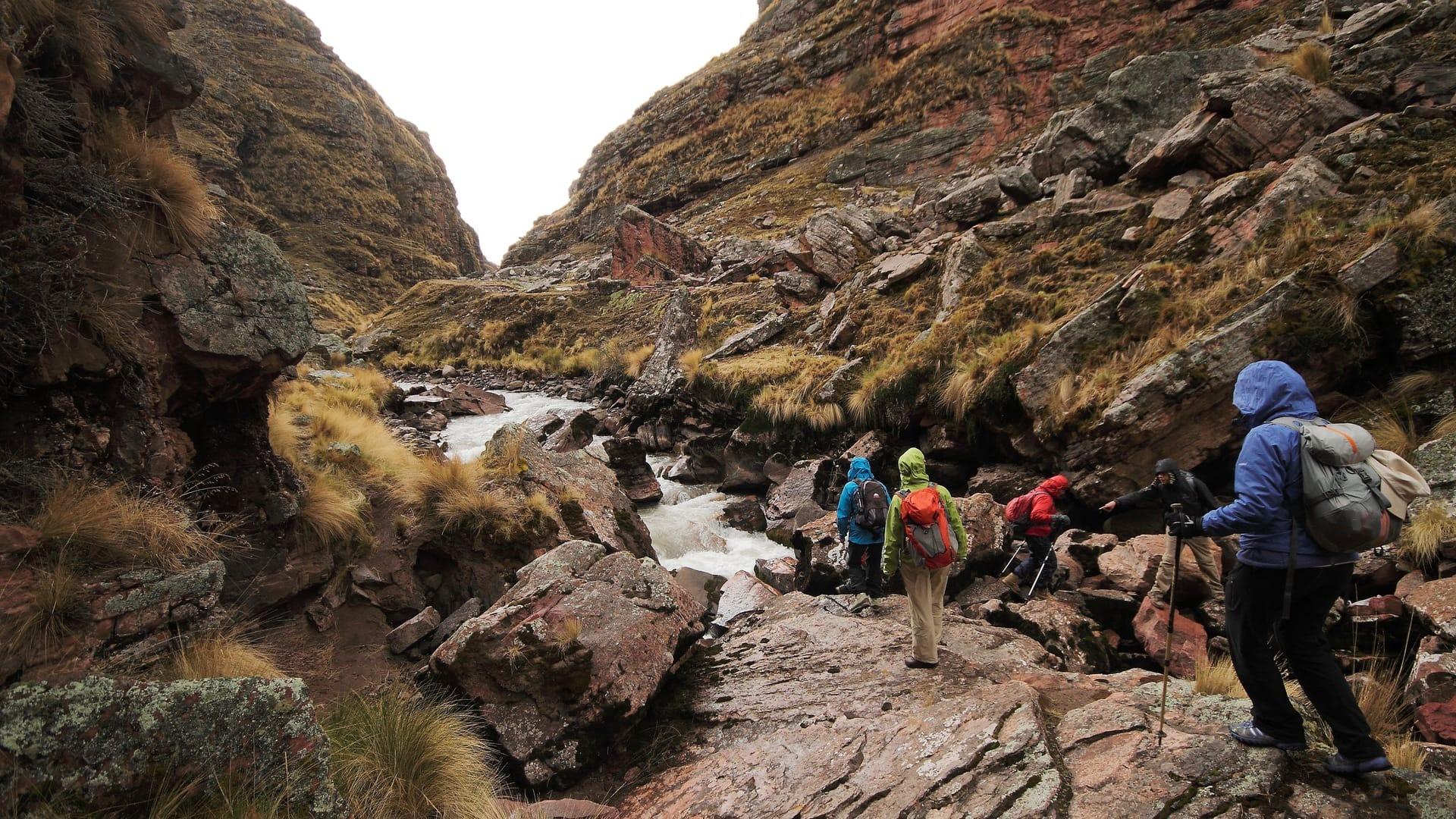 hike Ausangate mountain in Puno