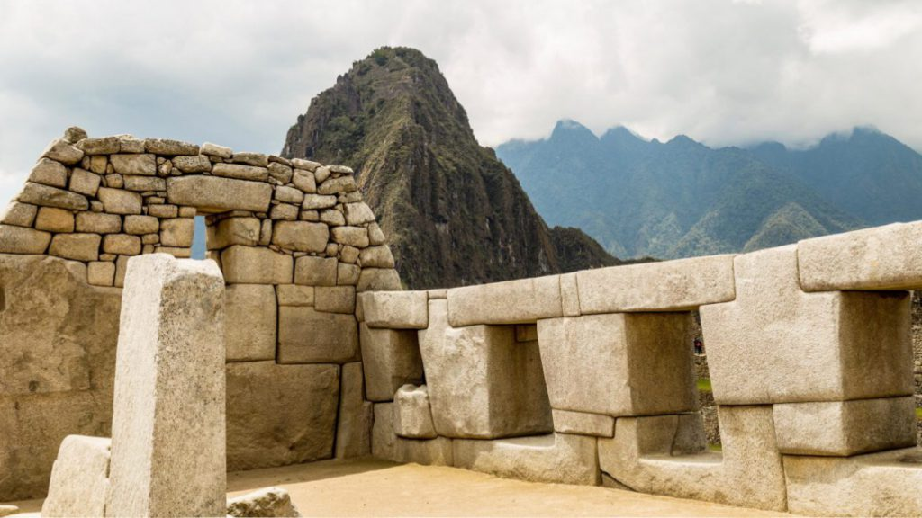 Travel to Machu Picchu in Cusco