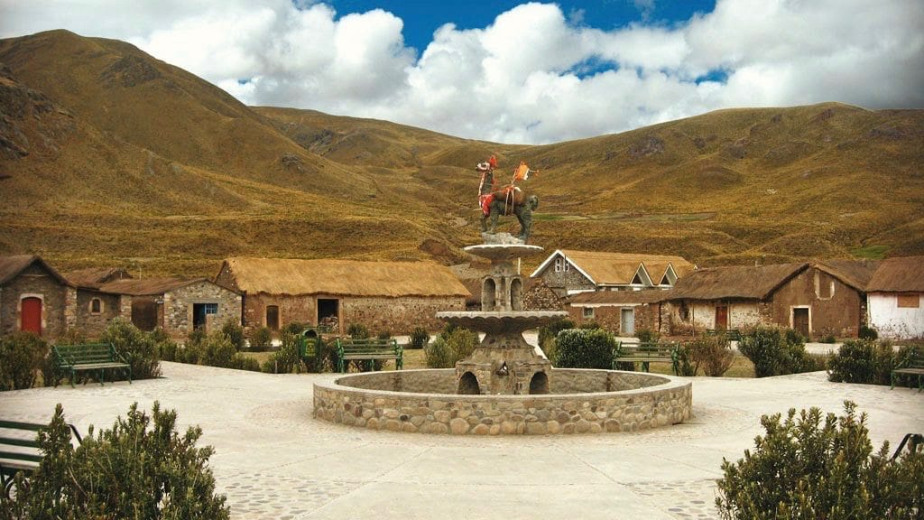 Plaza Sibayo - Colca Valley