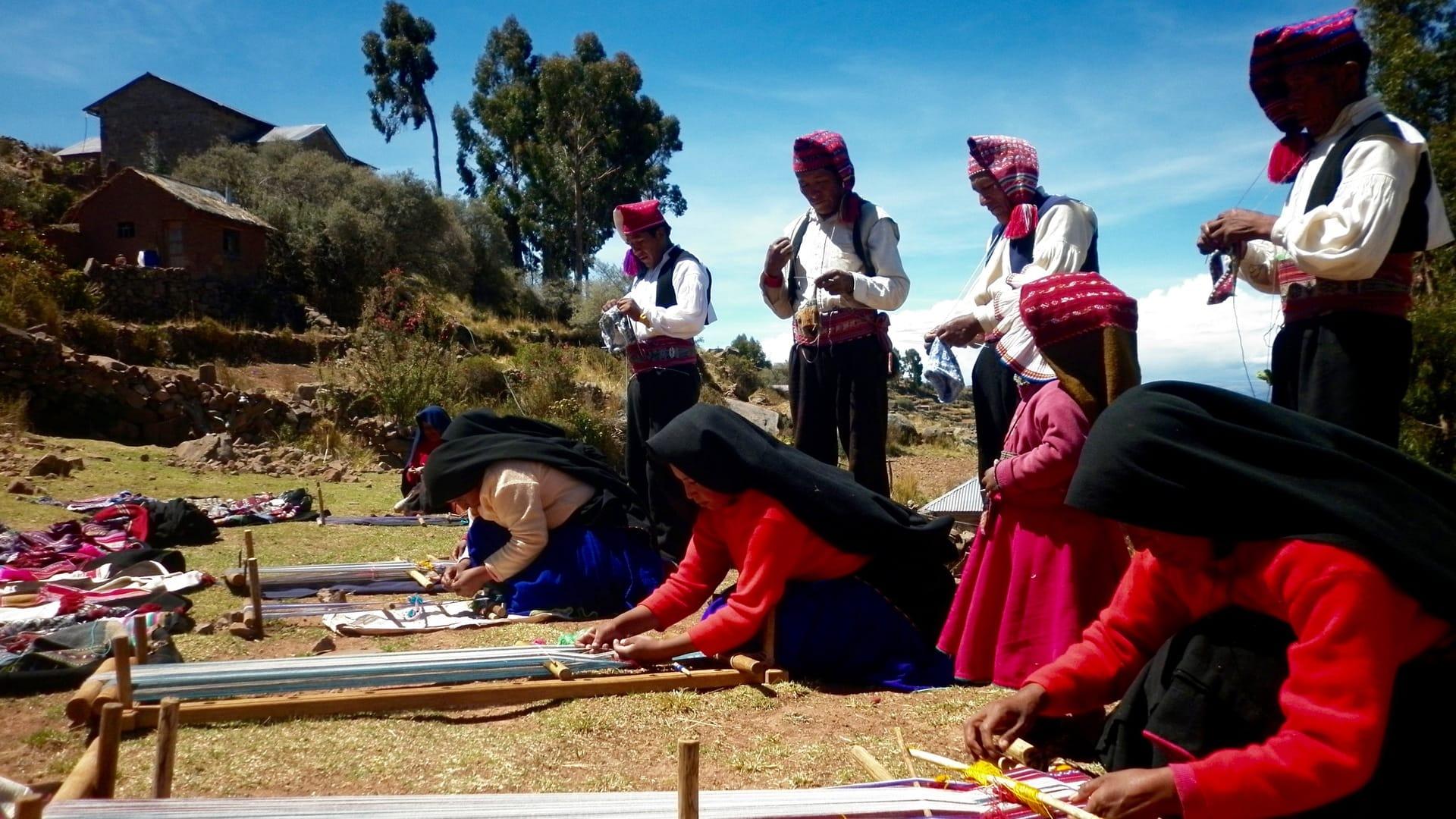 turismo comunitario en lago titicaca