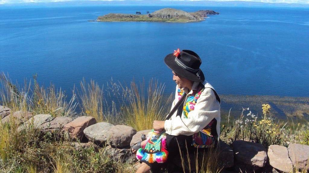 Peru Tours - taquine Island