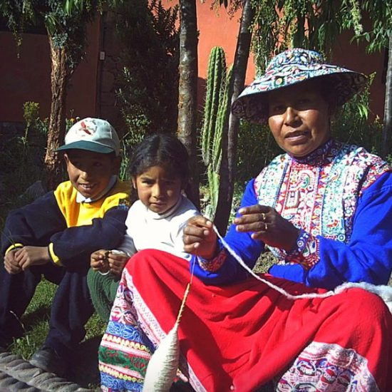 Local family in Yanque - Colca Valley