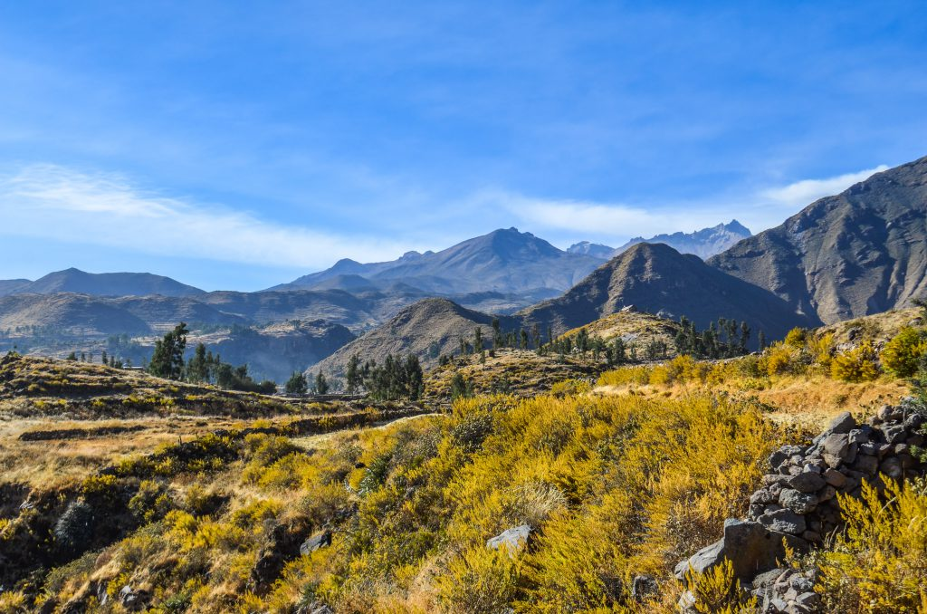 Colca Canyon trek - Mountain views.