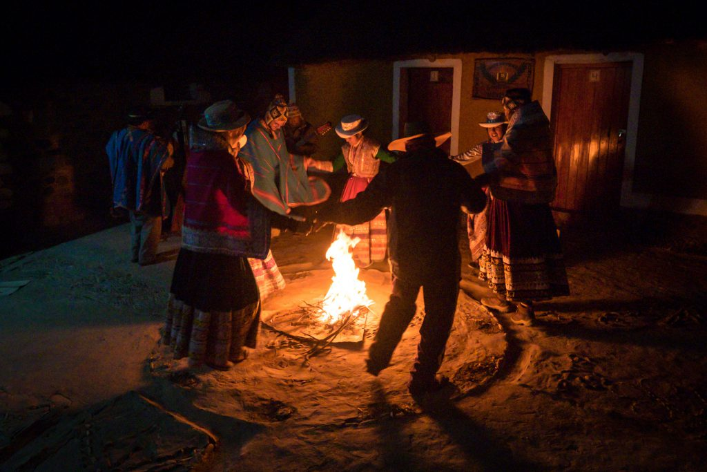 Homestay tours in Colca Canyon - Dancing around the fire.
