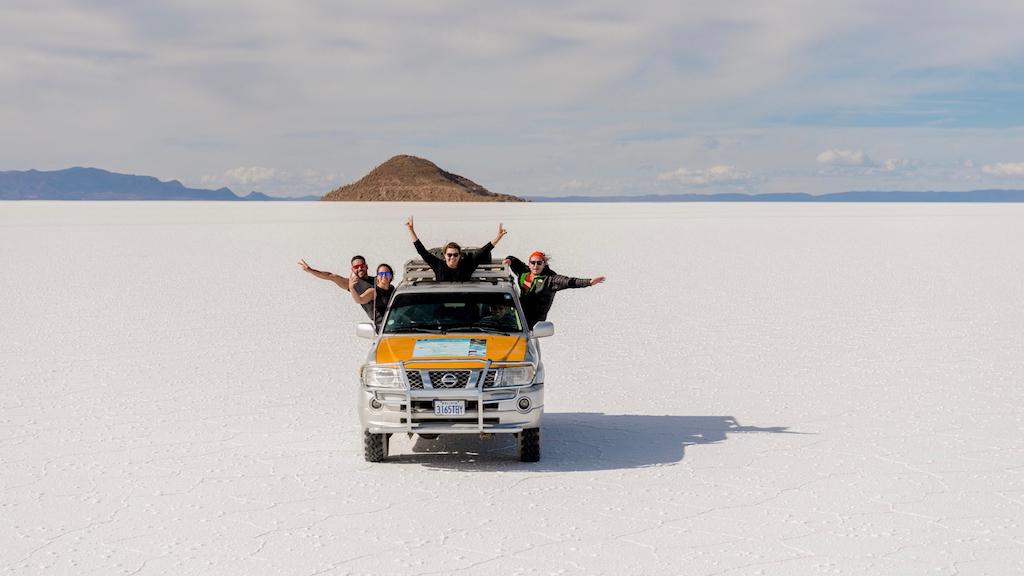 Enjoying the Uyuni Salt flat with comfortable jeep